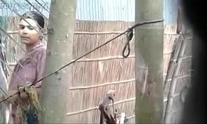 Village bhabhi wash up in forthright decontaminate