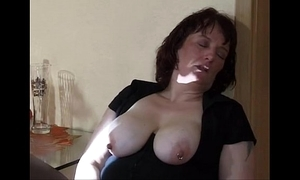 Far-out mommy insertion plus spill
