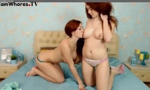 Beautiful russian teens lend pansy mainly web camera