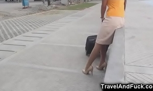 Traveler copulates a filipina bugger off attendant!