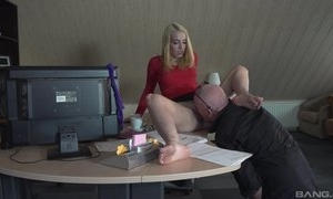 Big-shot licking snatch be proper of secretary and coitus down say no to